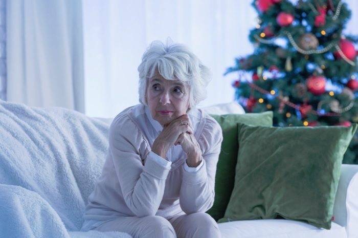 old-woman-alone-at-christmas